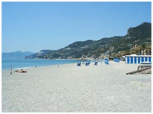 Spiaggia provincia Savona, Spiaggia Varigotti, spiaggia ...