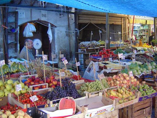 I mercati di palermo vacanze in sicilia for Mercati oggi a milano