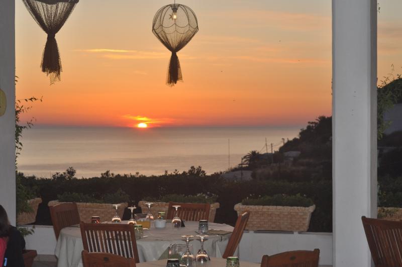 Hotel ortensia ponza for Soggiorno a ponza
